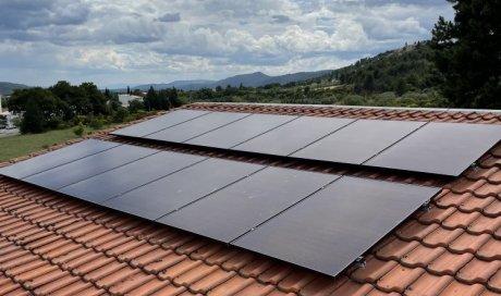 Entreprise spécialisée dans la pose et l'installation de panneaux solaires pour diminuer la consommation électrique à Tassin-la-demi-lune