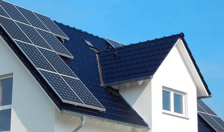 Professionnel pour la pose de panneaux solaires thermiques à Décines-Charpieu